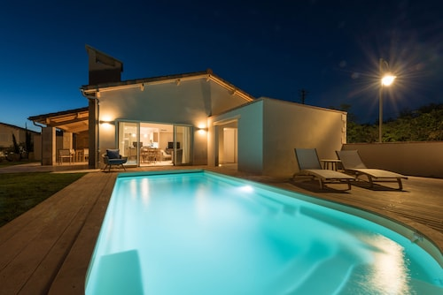Best Villas in Mouzieys-Panens for 2020: Find $34 Private ...