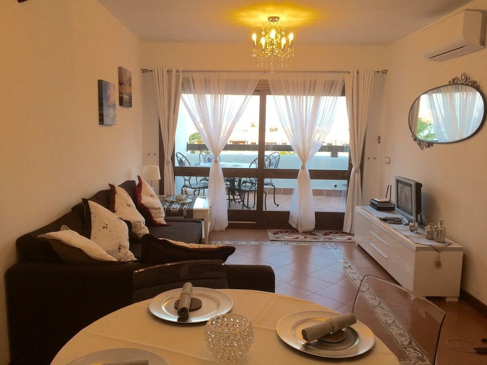 Charming Holiday Apartment in Cala D\'or With Shared Pools on Marina ...