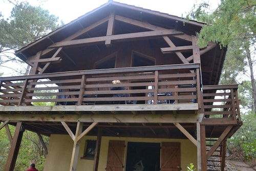 Chalet Wood With Mezzanine, 3 km From the Ocean, 2 km From Lake Hourtin