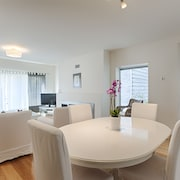 2 Bedroom Apartment in Private Condominium - Cascais
