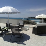Welcoming Apartment 20 Meters From the Sea. Roof Terrace