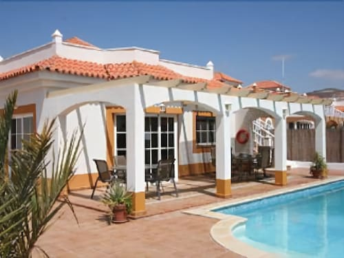 4 Bed Villa on 18 Hole Golf Course Resort