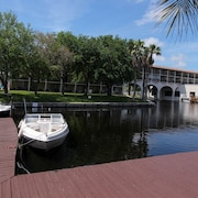 Waterfront on Lake Tarpon