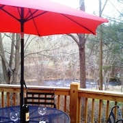 Five Star Riverfront 3BR Cottage Near Asheville & Waynesville