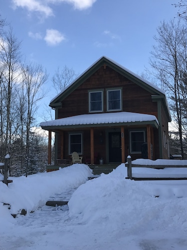 Charming Home is Family Friendly and Baby Ready- Stowe, Vt