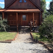 Amazing Cabin on the River, Close to Chico & Yellowstone Park! Fantastic Views