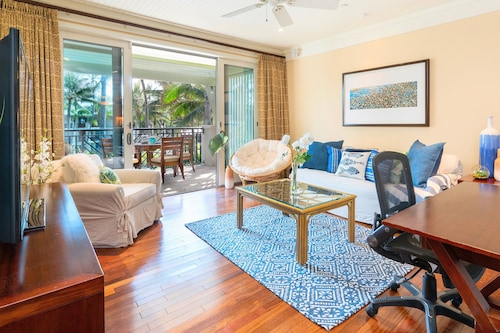 Turtle Bay Oceanview Beachfront 3 Bedroom