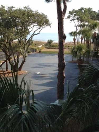 1BR Seaside Villas 2nd Floor Condo With Ocean and Pool View