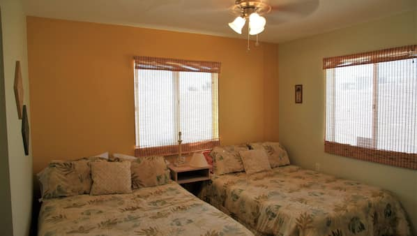 3 bedrooms, WiFi, bed sheets