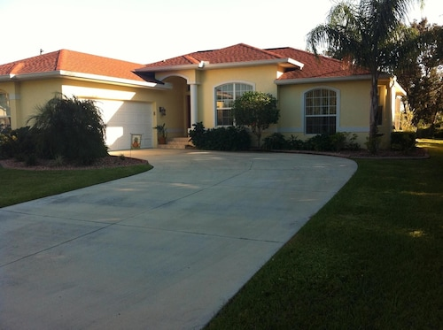 Great Place to stay Southern Exposure Like New Spacious Private Home in Port Charlotte near Port Charlotte