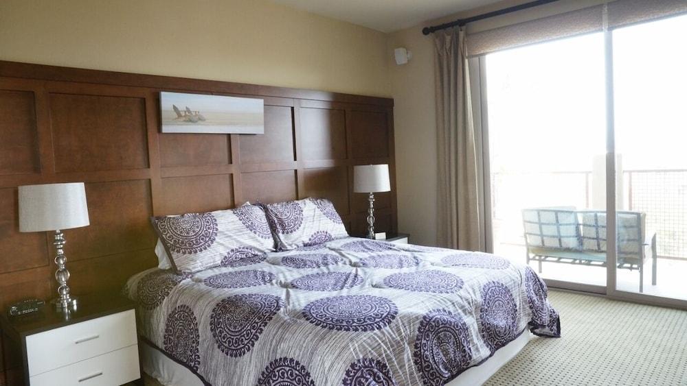 South Orange County Modern Luxury Vacation Rental Condo Near Laguna