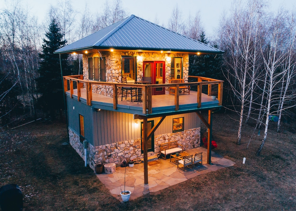 Modern Firetower Chalet Majestic Views on 70+ Private Acres. Near ...