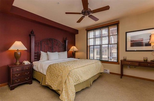 2 Bedroom IN Both THE Village Grand Sierra Lodge AND Village Monache
