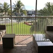 Waterfront Ocean Reef Condo w Patio 3D Hdtv Cable Wifi 36 'boatslip w Aprobación