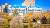 West Wing at Park Town - Saskatoon Hotels