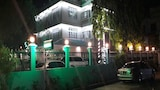 OASIS Inn - Mandalay Hotels