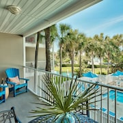 Blu Caribbean - 1 Br condo by RedAwning