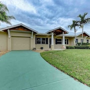 Palm Paradise 518 71st - 3 Br home by RedAwning