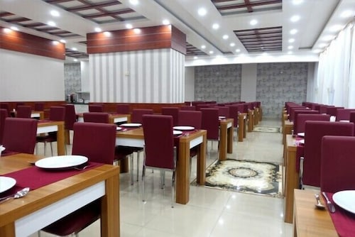 Restaurant, Karen Thermal Residence