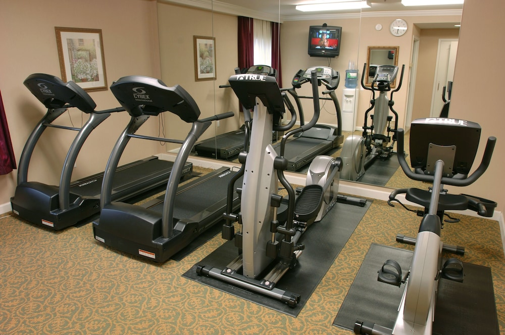 Gym, The Wilshire Grand Hotel