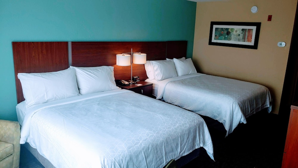 Room, Holiday Inn Express Hinesville