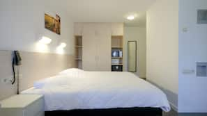 Schallisolierte Zimmer, kostenpflichtige Babybetten