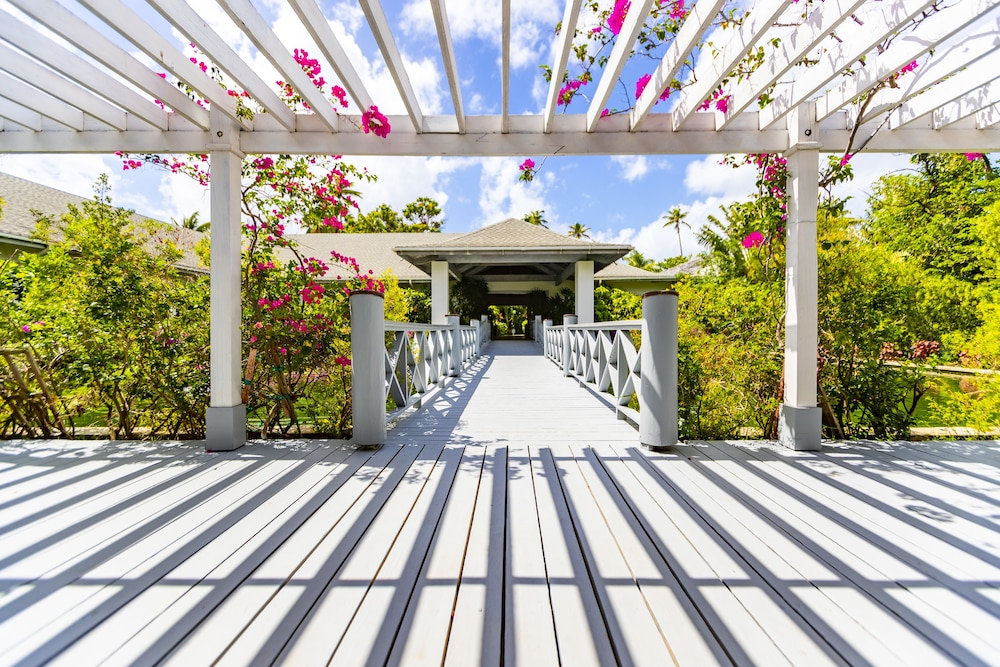 Property Entrance, Carlisle Bay