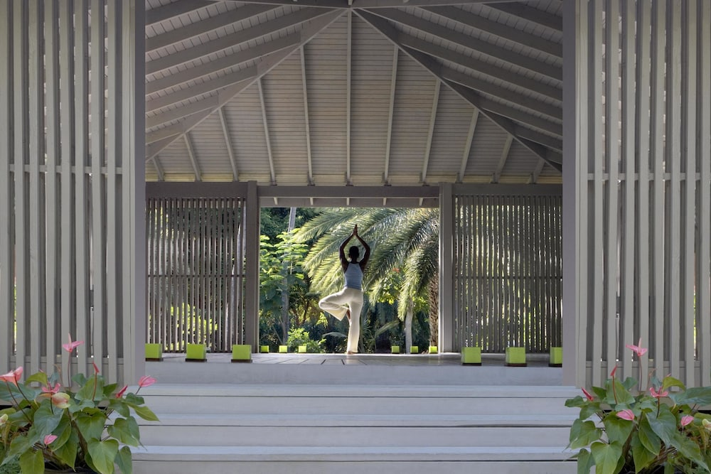 Yoga, Carlisle Bay