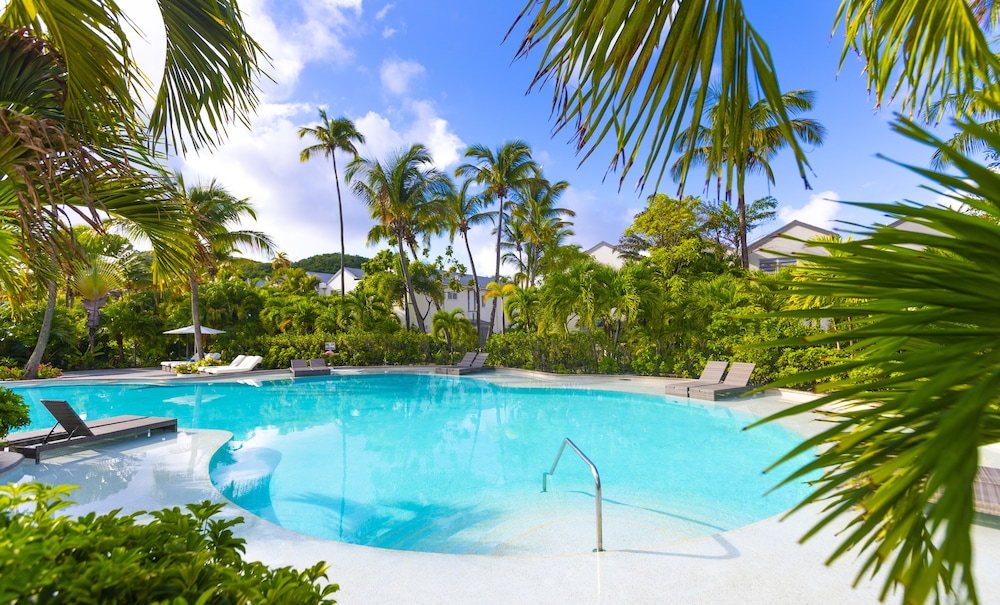 Outdoor Pool, Carlisle Bay
