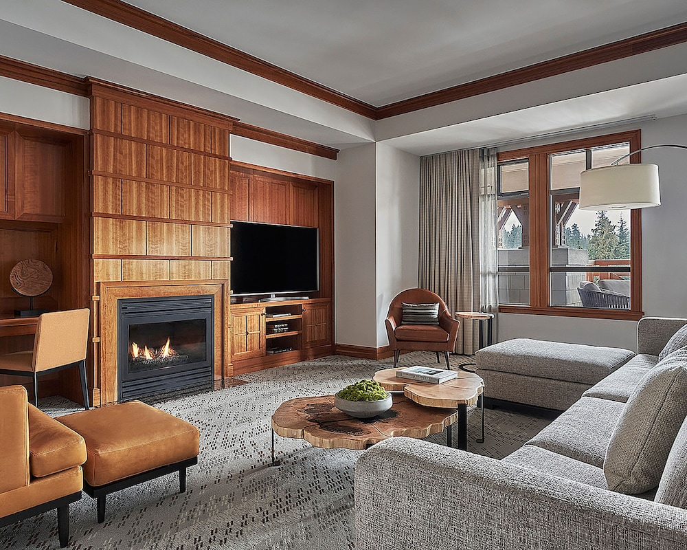 Living Area, Four Seasons Resort Whistler