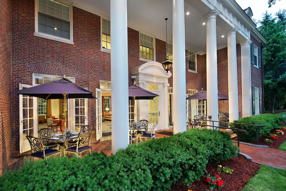 Terrace/Patio, Andover Inn