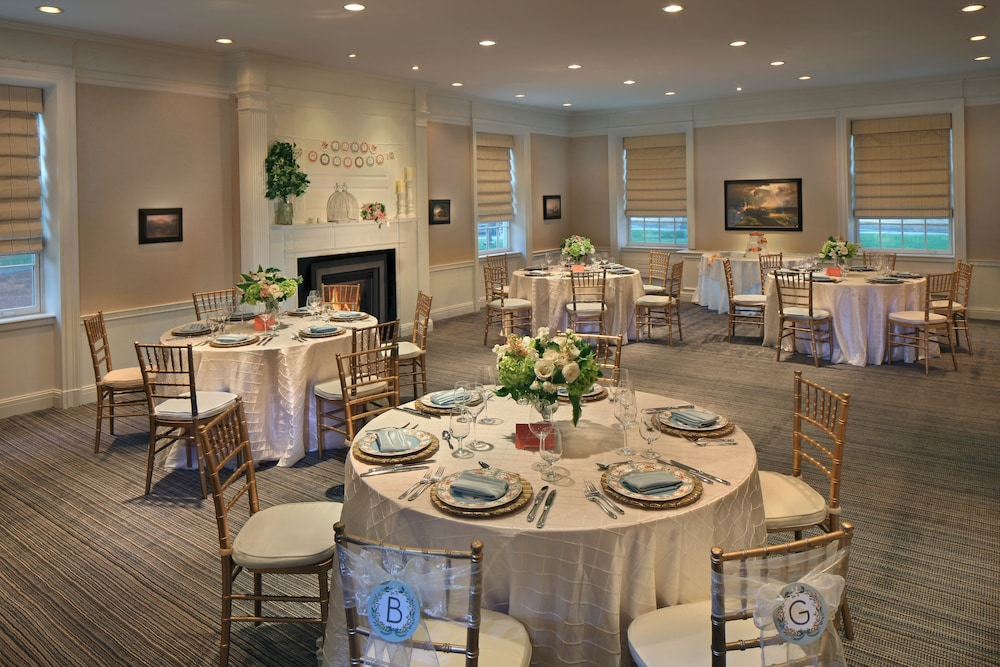 Banquet Hall, Andover Inn
