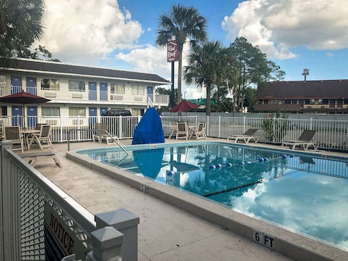 Motel 6 Jacksonville, FL - Orange Park