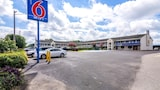 Motel 6 Anniston - Oxford Hotels