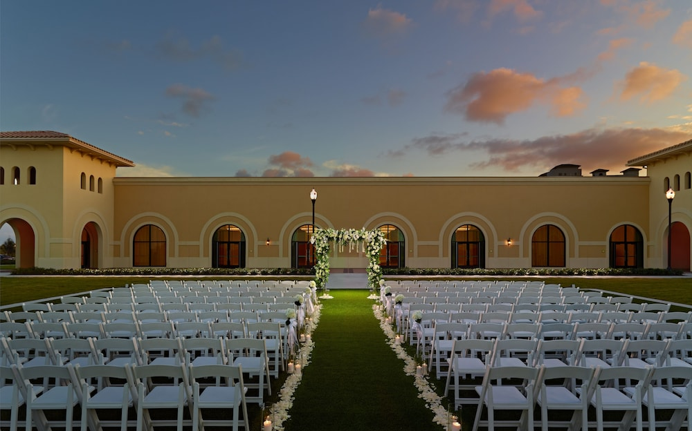 Outdoor Wedding Area, Omni Orlando Resort at ChampionsGate