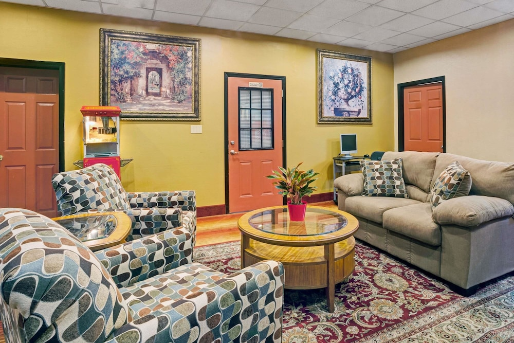 Attractive Days Inn By Wyndham Louisville Airport Fair And Expo Center In Louisville |  Hotel Rates U0026 Reviews On Orbitz