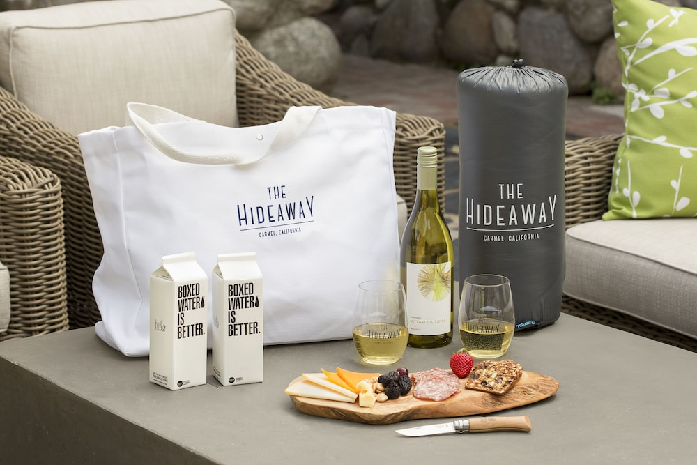 Outdoor Dining, The Hideaway