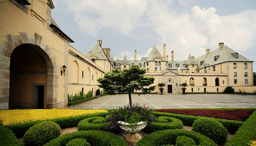 Front of Property, Oheka Castle Hotel & Estate