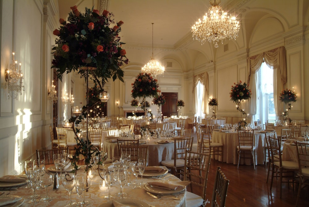 Ballroom, Oheka Castle Hotel & Estate