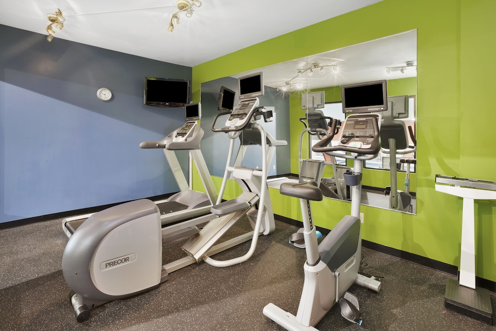 Fitness Facility, Holiday Inn Express Circleville