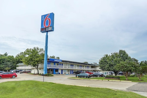 Motel 6 Port Allen, LA - Baton Rouge
