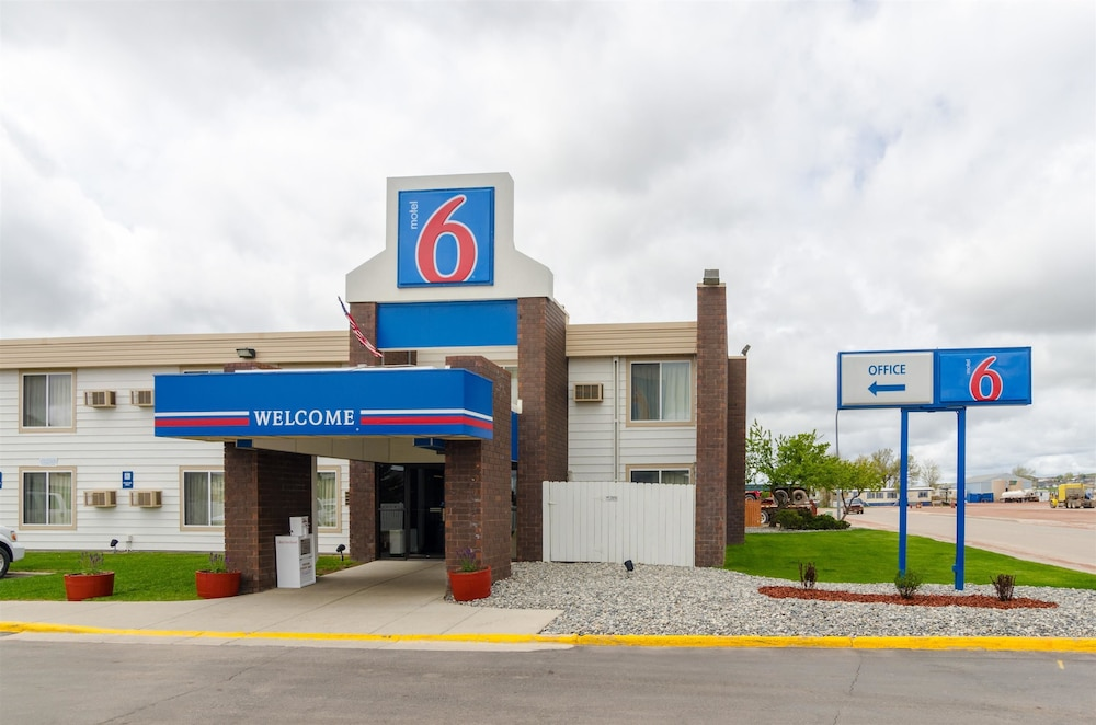 Featured Image, Motel 6 Gillette, WY
