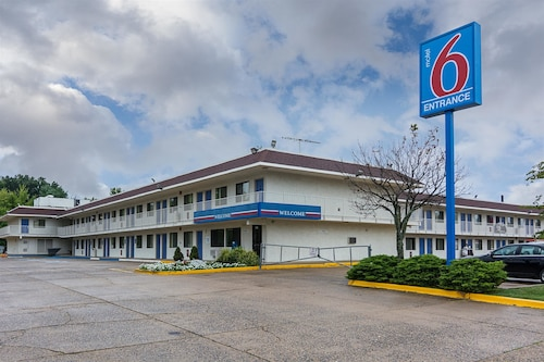 Motel 6 Fredericksburg, VA - North