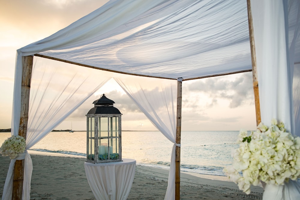 Outdoor Wedding Area, Beach House - ALL-INCLUSIVE Adults Only