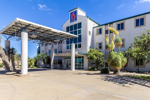 Motel 6 Harlingen, TX