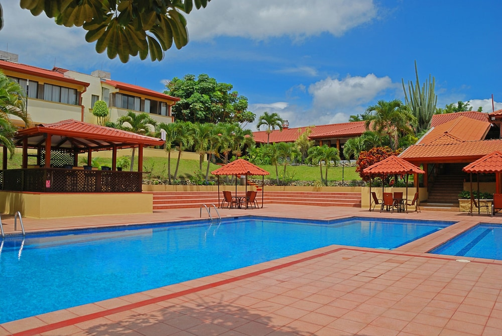 Outdoor Pool, Country Inn & Suites by Radisson, San Jose Aeropuerto, Costa Rica