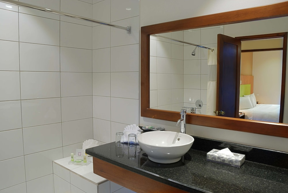 Bathroom, Country Inn & Suites by Radisson, San Jose Aeropuerto, Costa Rica