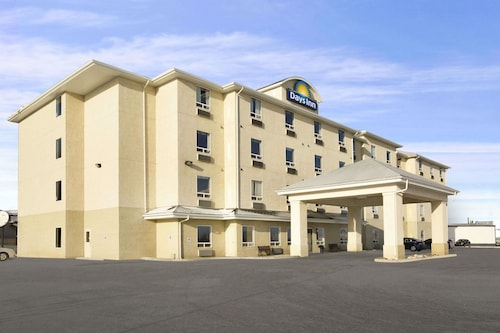 Days Inn by Wyndham Moose Jaw
