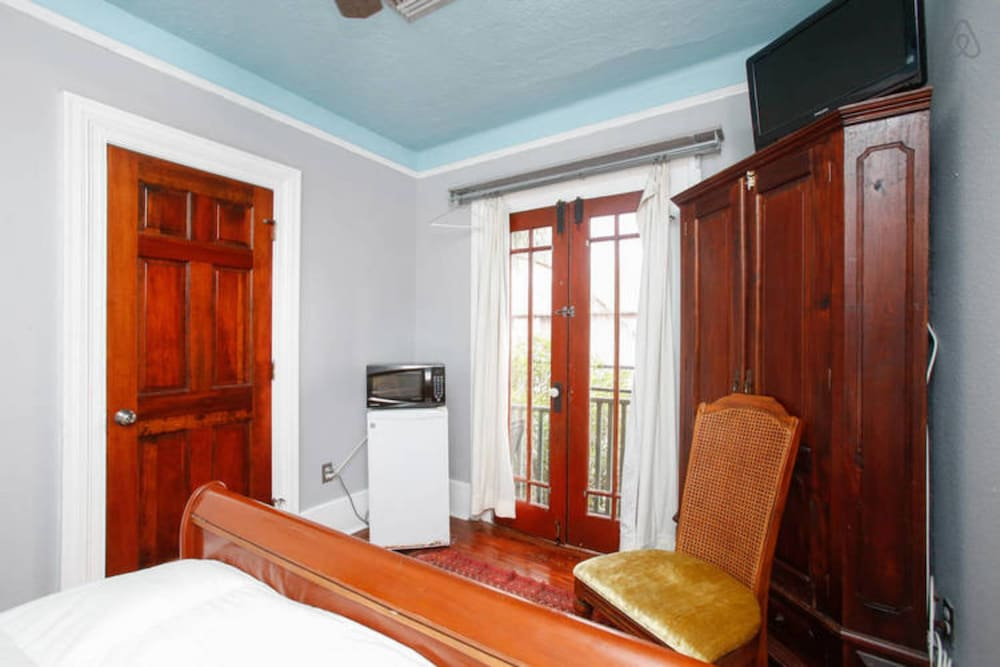 Room, Balcony Guest House