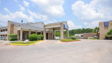 Motel 6 Baytown, TX - Baytown East